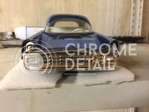 Хромирование маленькой модели автомобиля